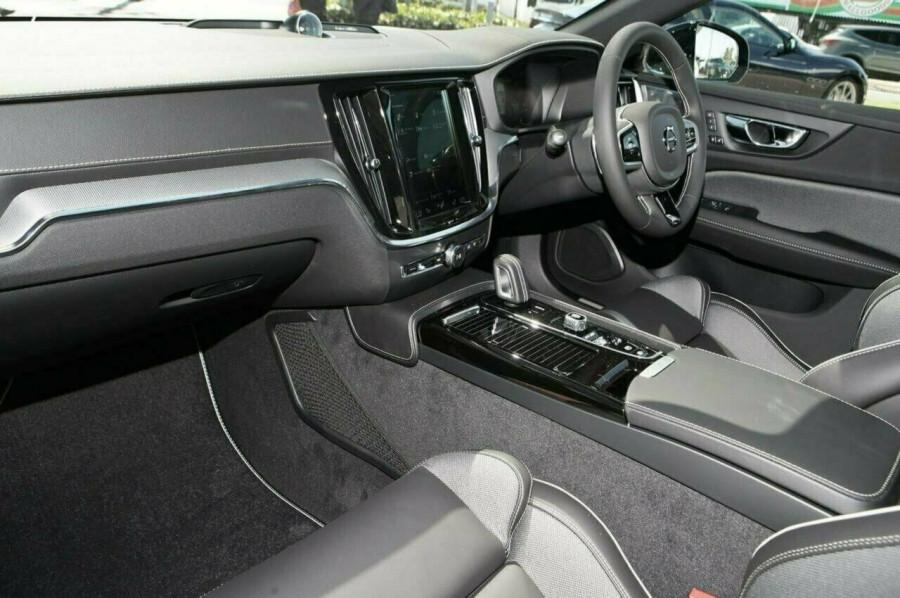 2019 MY20 Volvo V60 F-Series T8 R-Design Wagon Image 19