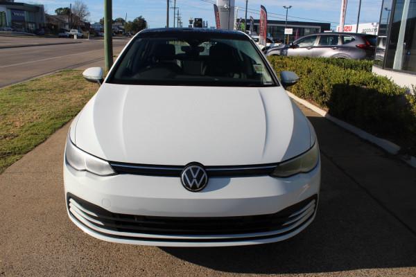 2021 Volkswagen Golf 8 110TSI Life Hatch Image 2