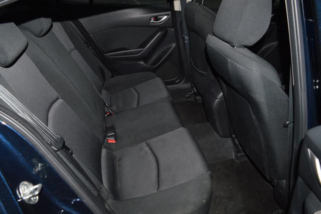 2015 Mazda 3 Neo 14 of 23