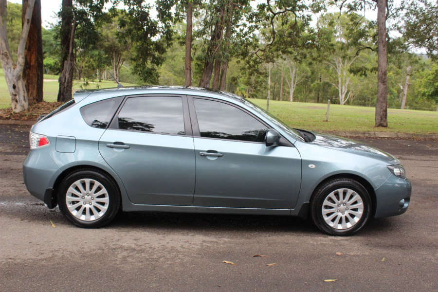 2011 Subaru Impreza G3  R Special Ed Hatchback Image 9