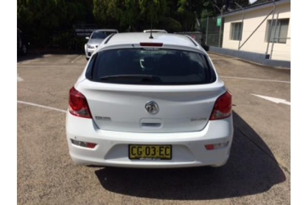 2015 Holden Cruze JH Series II MY15 Equipe Hatchback Image 3