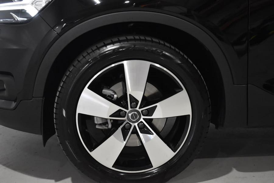 2019 Volvo Xc40 (No Series) MY19 T4 Momentum Suv Mobile Image 2