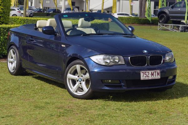 BMW 120i E88 MY10