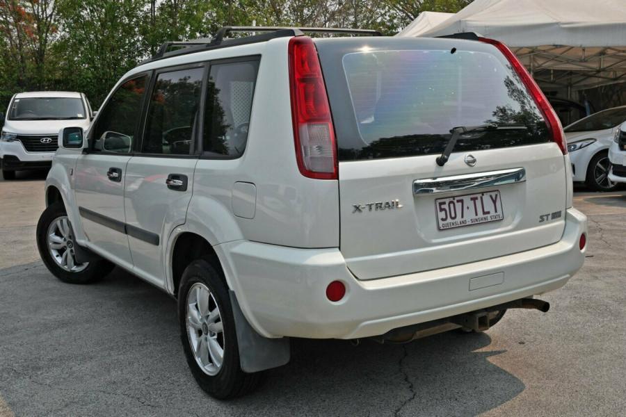 2005 Nissan X-Trail T30 II ST Suv