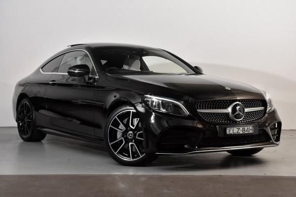 Mercedes-Benz C-class C300 C205
