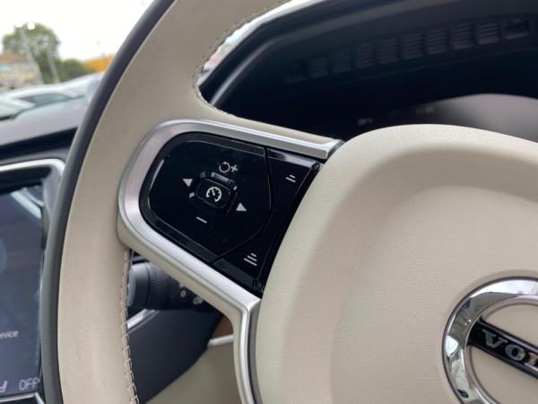 2019 Volvo XC90 L Series D5 Inscription Suv Image 5