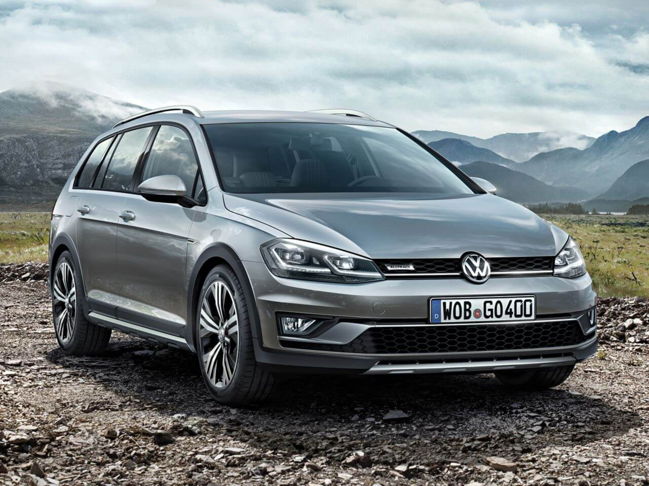 Golf Alltrack From a <strong>to anywhere</strong>