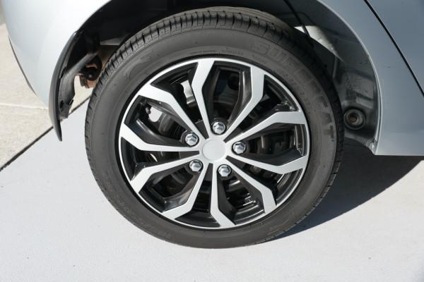 2010 Mazda 2 DE10Y1 Neo Hatchback Image 5
