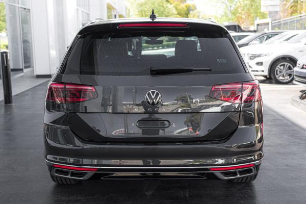 2021 Volkswagen Passat B8 162TSI Elegance Wagon Image 5
