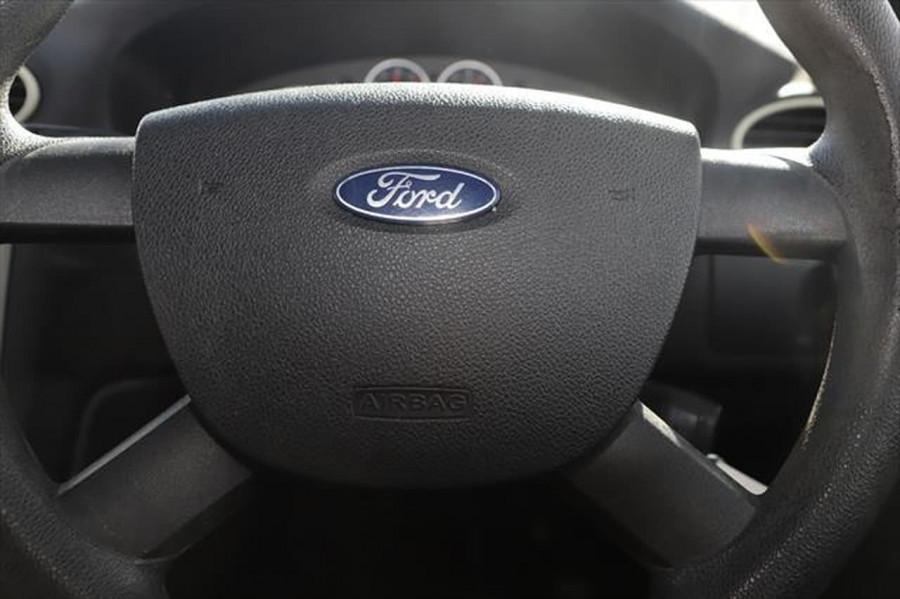 2007 Ford Focus LT CL Sedan Image 15