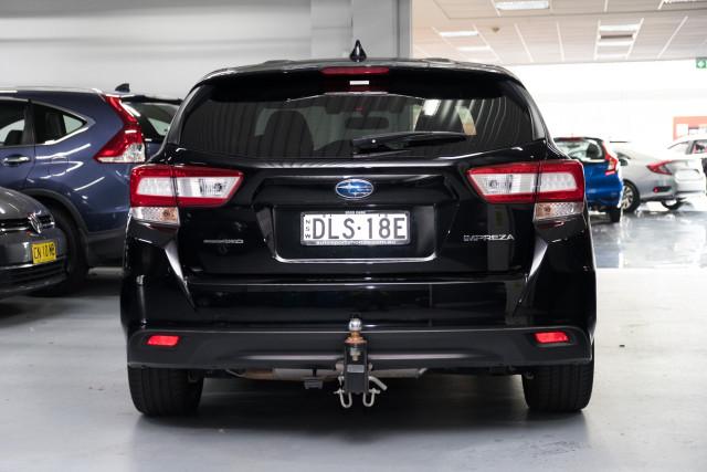 2017 Subaru Impreza G5  2.0i-S Hatchback Image 5