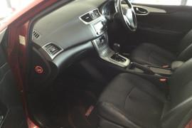 2013 Nissan Pulsar C12 SSS Hatchback Image 4