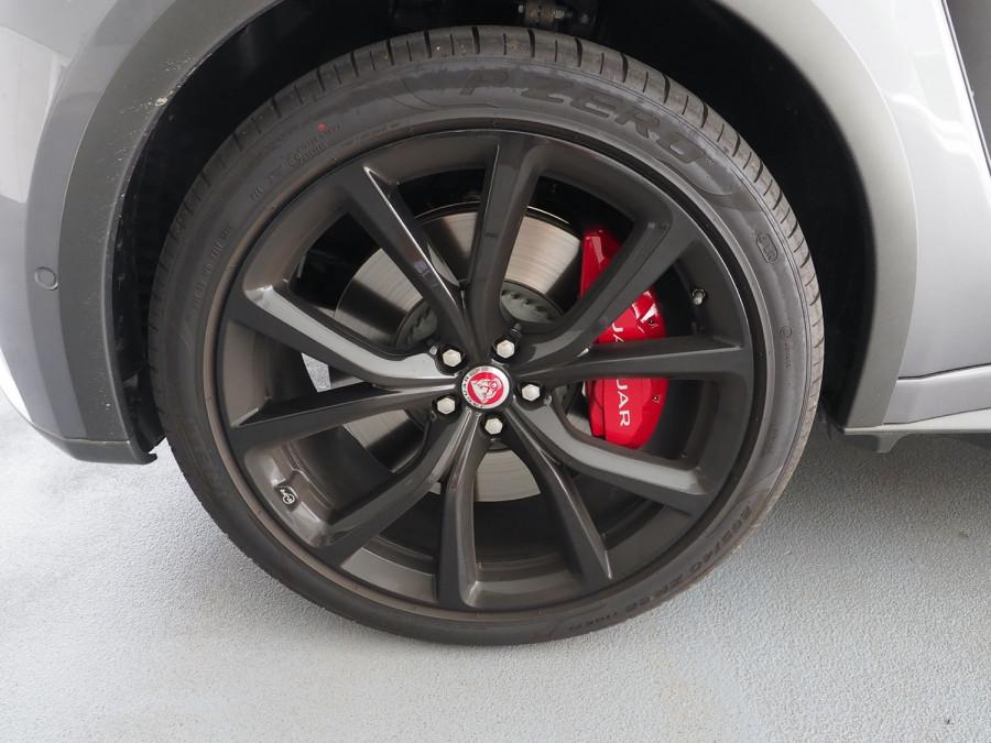 2020 Jaguar F-pace Suv Image 5