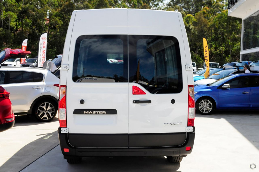 ec9bb7e7a1 ... 2018 Renault Master Van X62 Medium Wheelbase Van ...