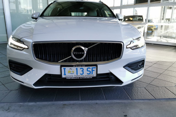 2019 Volvo V60 (No Series) MY20 T5 Momentum Wagon Image 2