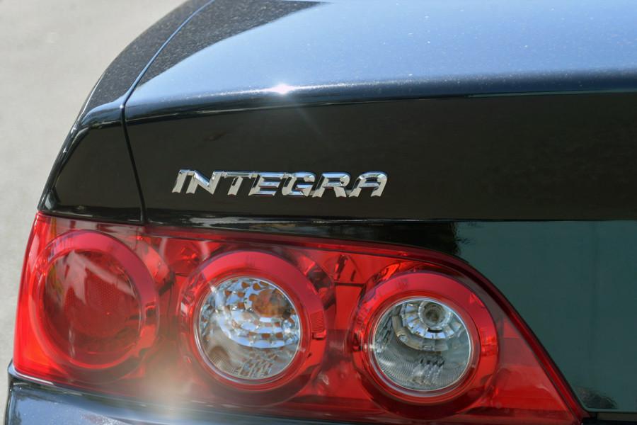 2004 Honda Integra Luxury Coupe