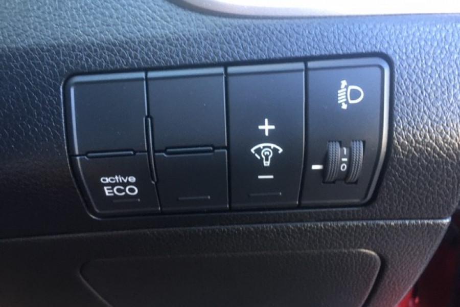 2015 Hyundai I30 Image 20