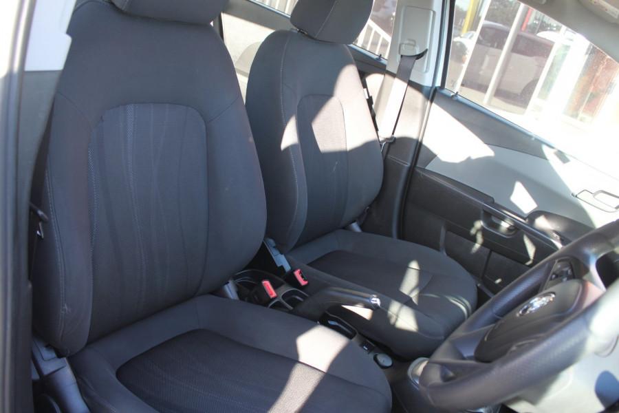 2016 Holden Barina TM MY16 CD Hatch Image 7