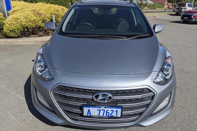 2015 MY16 Hyundai i30 GD4 Series II Elite Hatchback Image 2