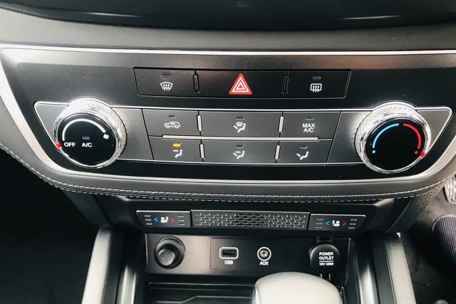 2020 SsangYong Musso Ultimate 8 of 16
