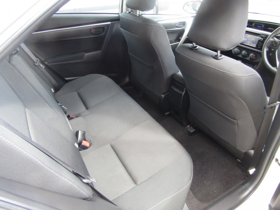 2014 Toyota Corolla ZRE172R Ascent Sedan Image 11