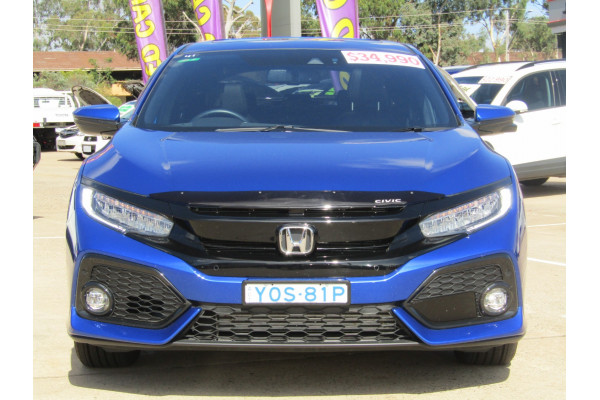 2018 Honda Civic 10th Gen VTi-LX Hatchback Image 4
