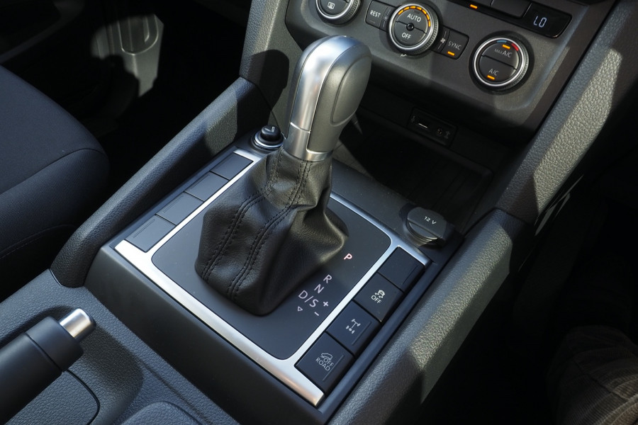 2018 MY19 Volkswagen Amarok 2H MY19 TDI550 Utility Image 9