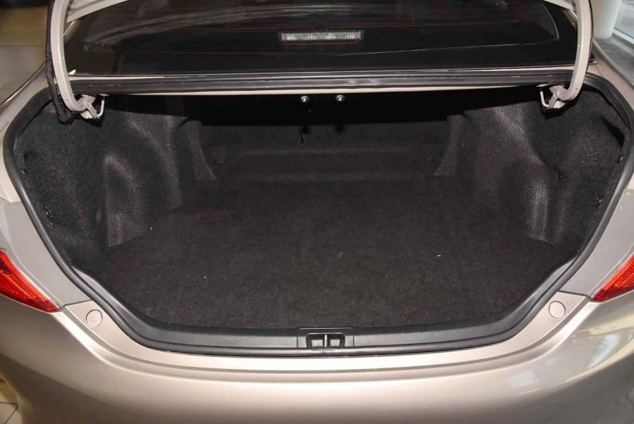 2013 Toyota Camry ASV50R Atara R Sedan Image 16