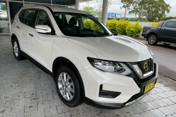 2017 Nissan X-Trail ST Suv
