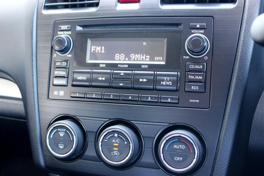 2014 Subaru Impreza G4  2.0i Sedan Image 14