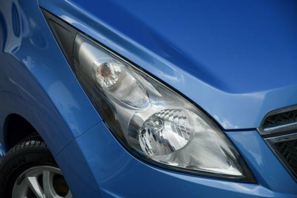 2013 Holden Barina Spark MJ MY13 CD Hatchback Image 2