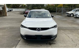 2021 Mazda MX-30 DR Series G20e Evolve Wagon Image 2