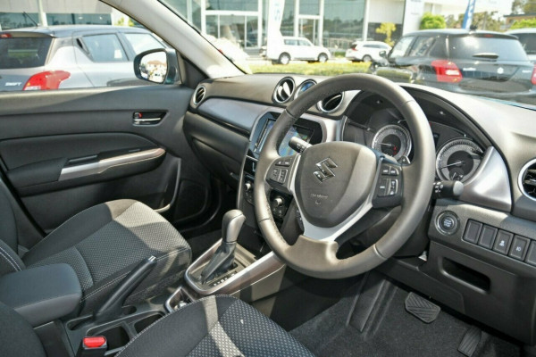 2021 MY19 Suzuki Vitara LY Series II GL + Suv image 8