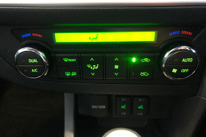 2014 Toyota Corolla ZRE182R Levin Hatchback Image 20