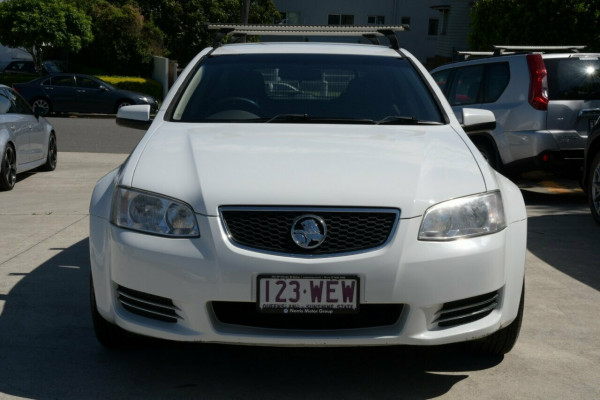 2011 Holden Commodore VE II Omega Sportwagon Wagon Image 2