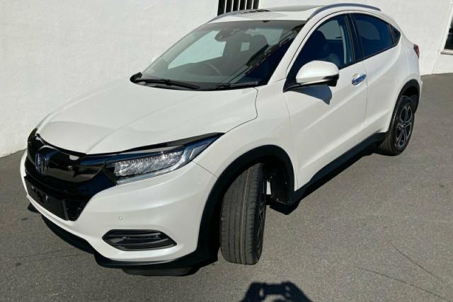 2020 MY21 Honda HR-V VTi-LX Hatchback Image 2