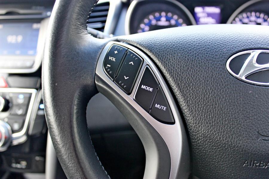 2014 Hyundai i30 GD2 Trophy Hatchback Image 19