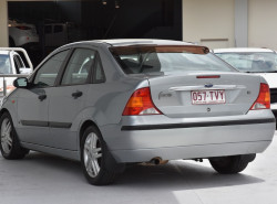 2003 Ford Focus Sedan LR MY2003 CL Sedan Image 3