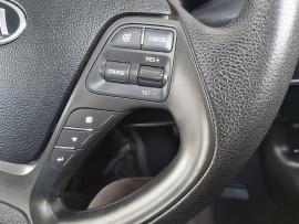 2013 Kia Cerato YD  S Sedan image 20