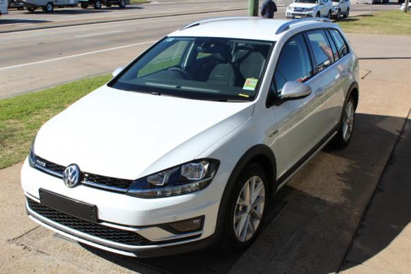 2019 Volkswagen Golf Alltrack 7.5 132TSI Wagon Image 2