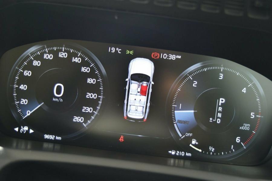 2018 MY19 Volvo XC90 L Series D5 Inscription Suv Mobile Image 11