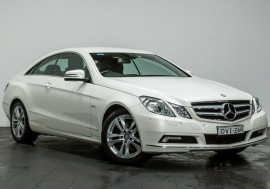 Mercedes-Benz E250 CDI BlueEFFICIENCY Avantgarde C207