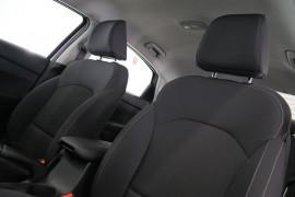 2019 MY20 Kia Cerato Sedan BD S with Safety Pack Sedan Image 3