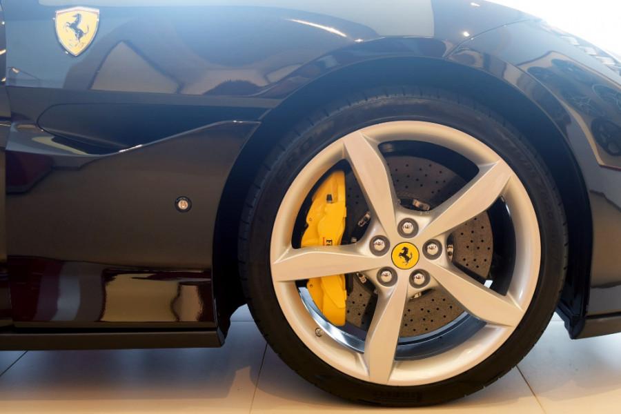 2018 Ferrari Portofino Convertible Mobile Image 20