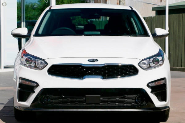 2019 Kia Cerato Hatch BD Sport Plus Hatchback Image 2