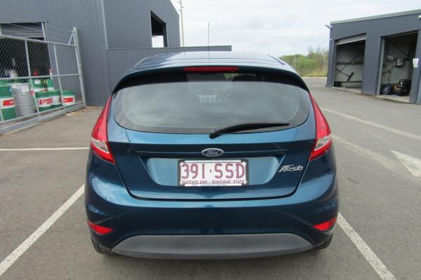 2012 Ford Fiesta WT LX Sedan Image 4