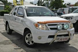 Toyota Hilux SR5 Xtra Cab 4x2 GGN15R MY08