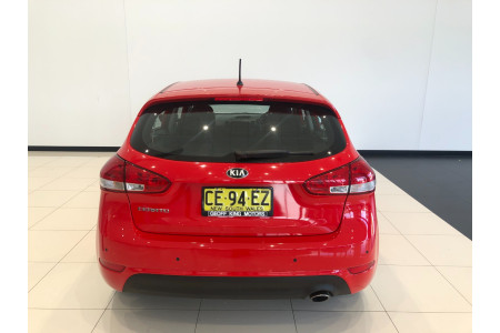 2015 Kia Cerato YD S Hatchback Image 5