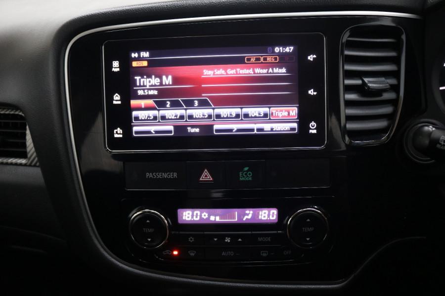 2018 MY18.5 Mitsubishi Outlander ZL MY18.5 ES Suv Image 11