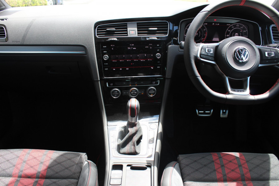 2020 Volkswagen Golf 7.5 GTi TCR Hatch Image 13